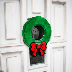Brick Holiday Wreath
