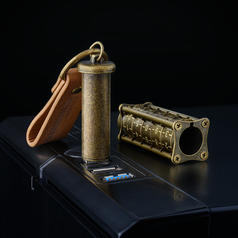 Ironglyph - Locked USB Stick in Steampunk Design