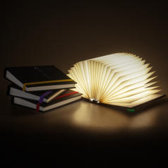 Book of Light - Luce da comodino a forma di libro