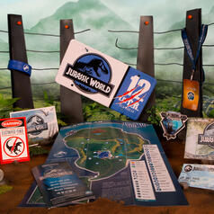 Jurassic World Deluxe Welcome Kit