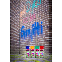 Spray a base di gesso per graffiti